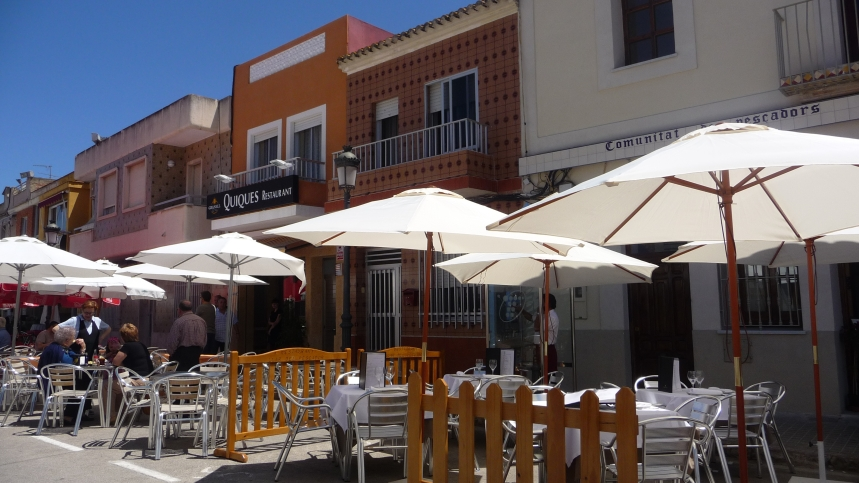 La Albufera, Valencia, Spain, Restaurants in Main Street