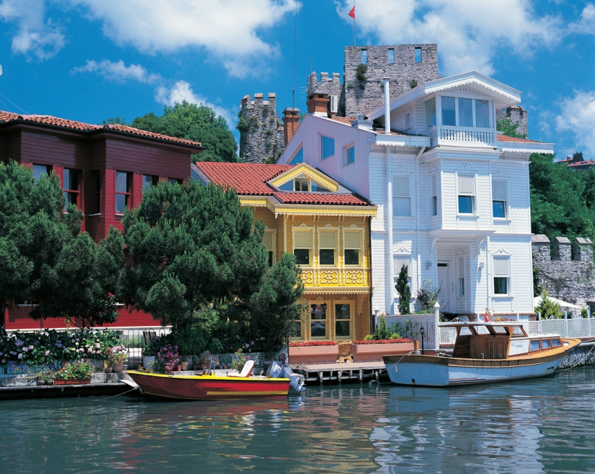 On the Banks of the Bosphorus, Istanbul