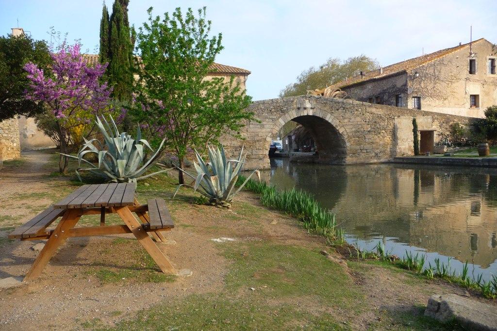 Stone-bridge-with-Almost-Bl