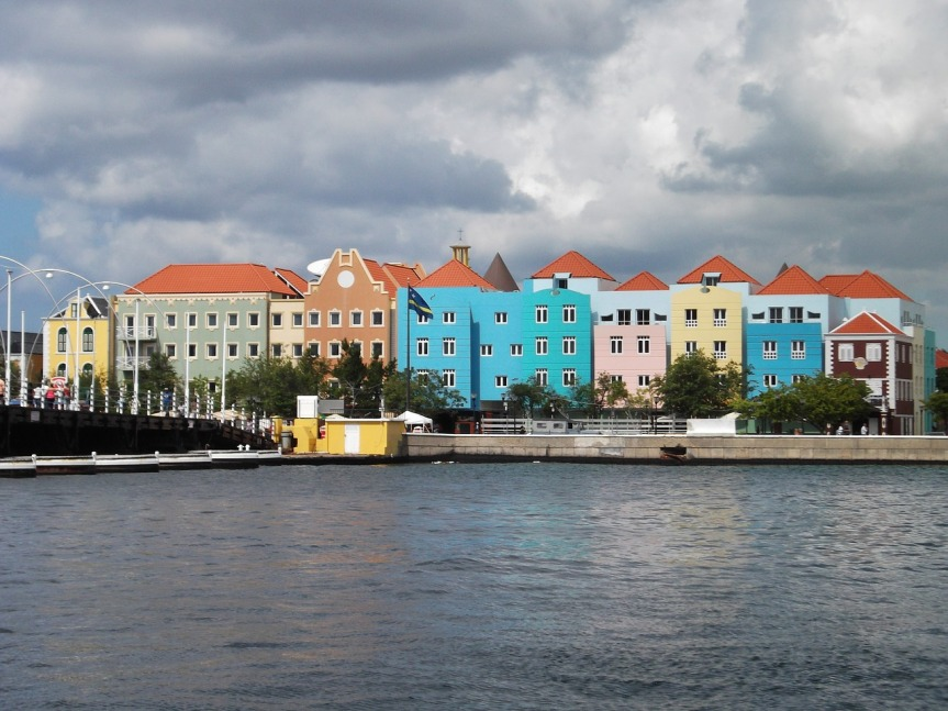 Curaçao – More than Just a Liqueur