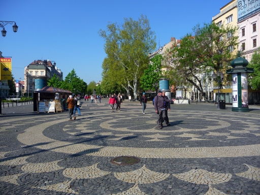 Wide Squares & Boulevards