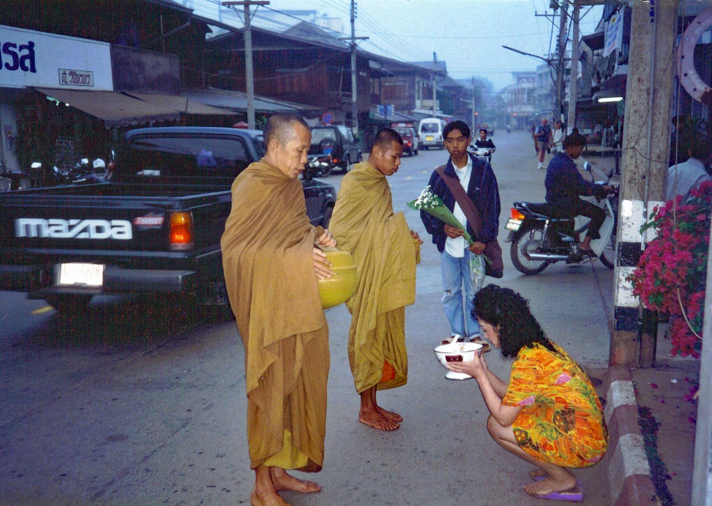 Merit Making on the Streets of Chiang Rai
