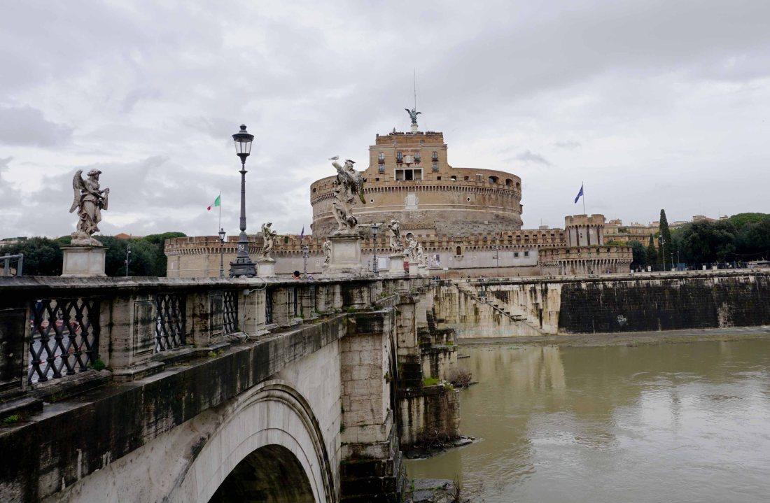 Bridge on the Tiber leading to Castell Sant'Angelo