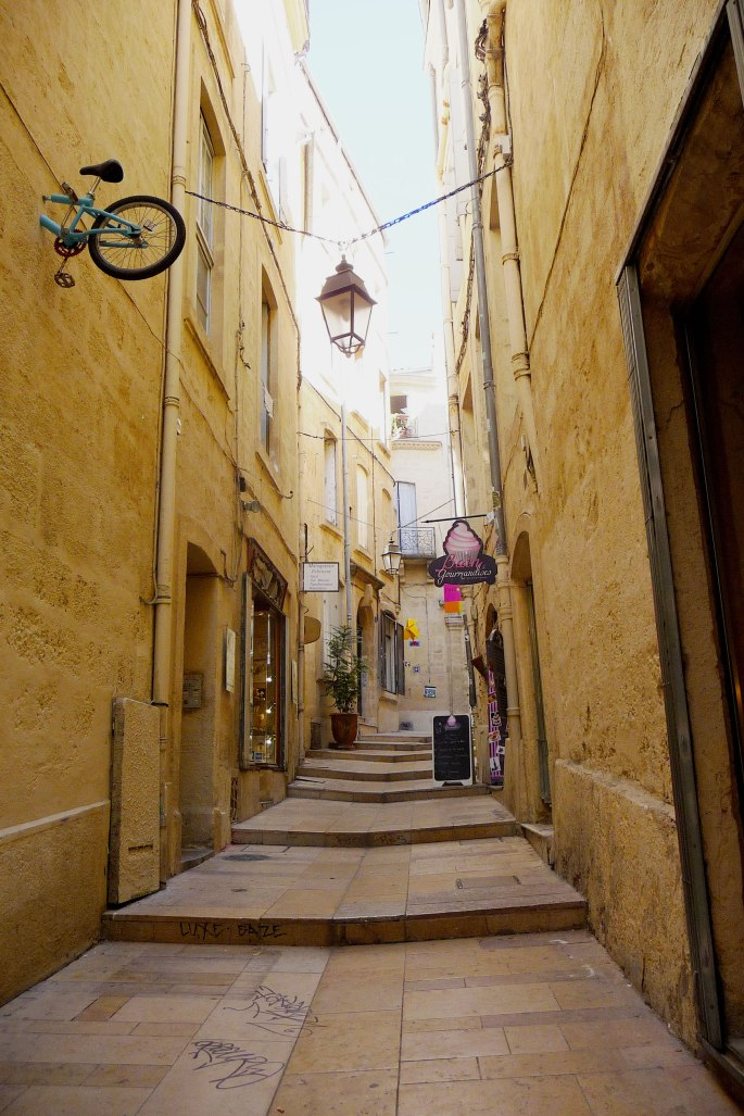 Narrow-streets-of-the-Old-Town