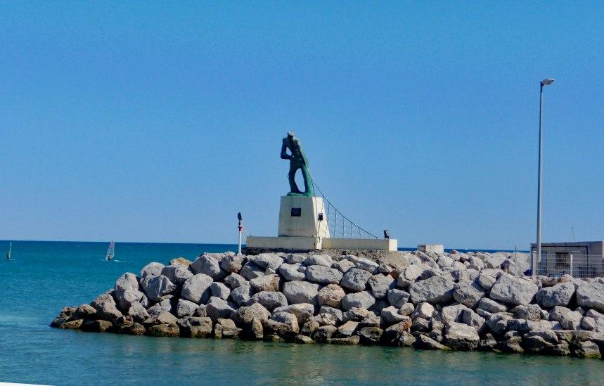 Along-the-seafront-at-Palabas---Mari-Nicholson