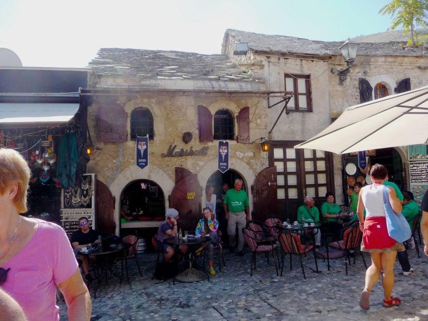 cafe-near-entrance-to-the-souk-mari-nicholson