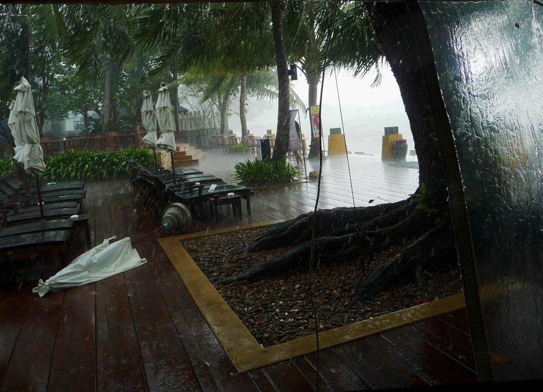 koh-samuii-in-rainstorm