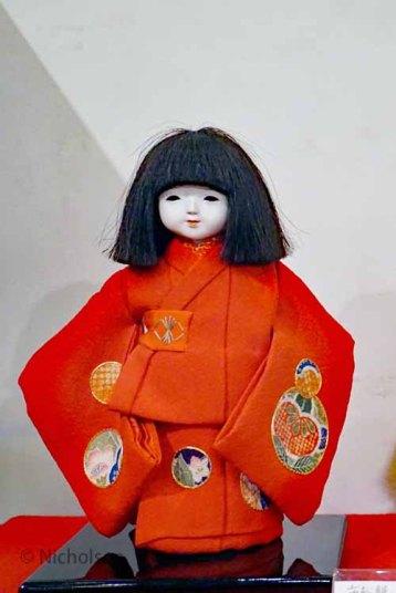 dolls-2dolls-2