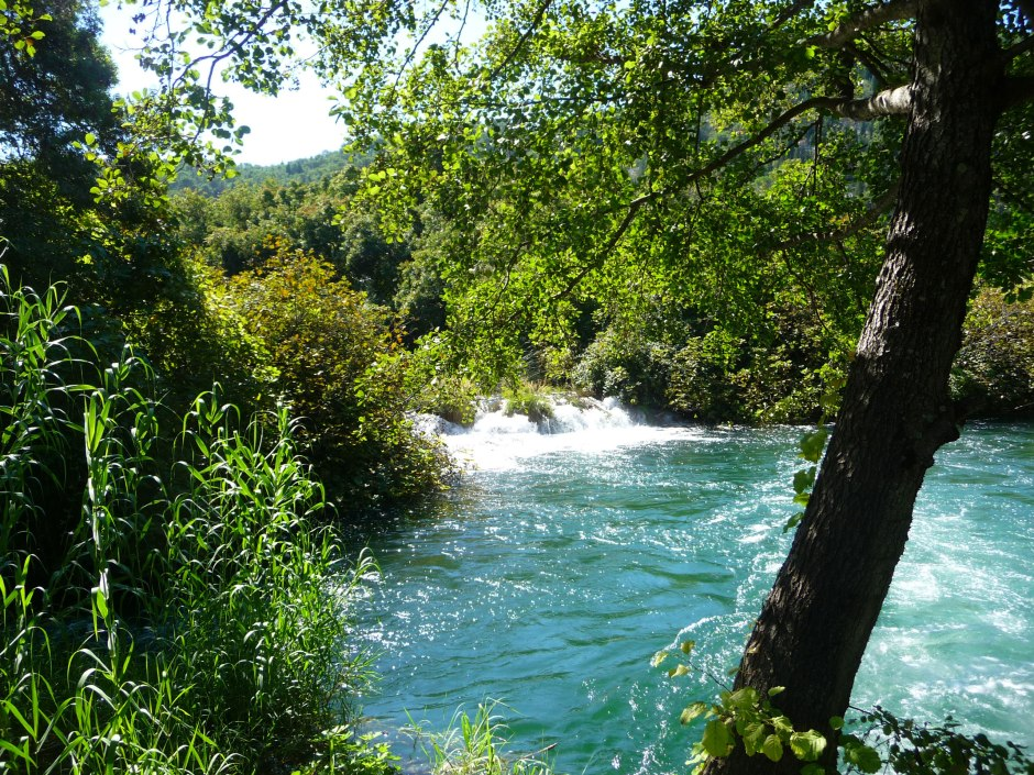 rushing-waters-at-kyka-river