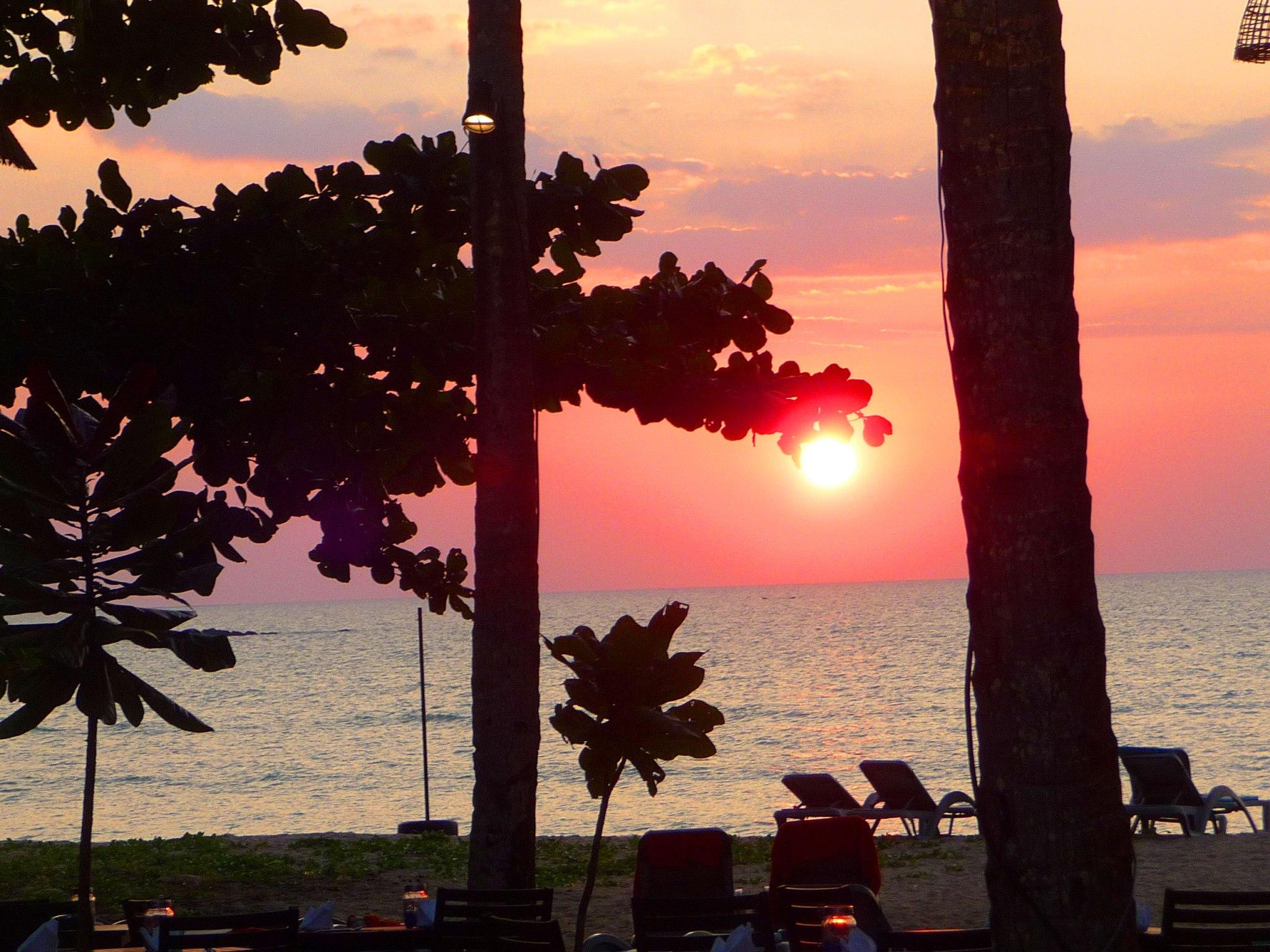 sunset-at-hotel-manathai-khao-lak-thailand