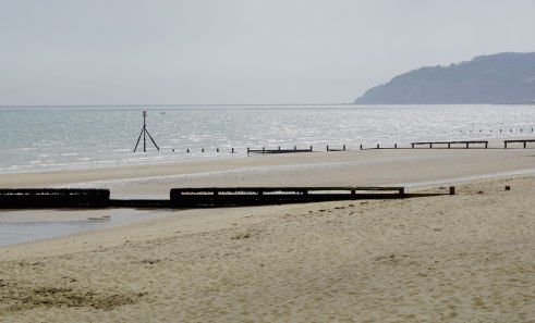 Deserted-beach-at-Sandown-Isle-of-Wight