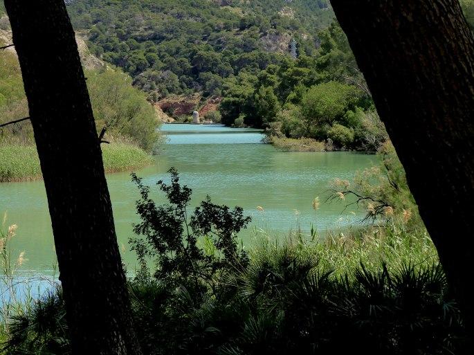 Bend-in-River-2.jpg