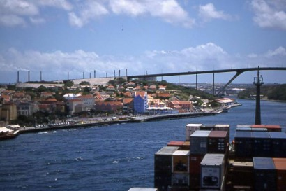 Willimstad-Bridge,-Curacao,-from-our-Cargo-ship