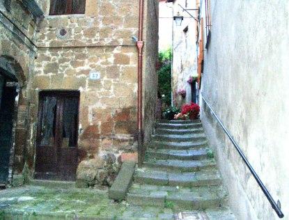 Alleyway-in-Citiva