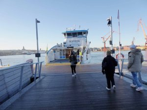 The free ferry ride to Lindholmen