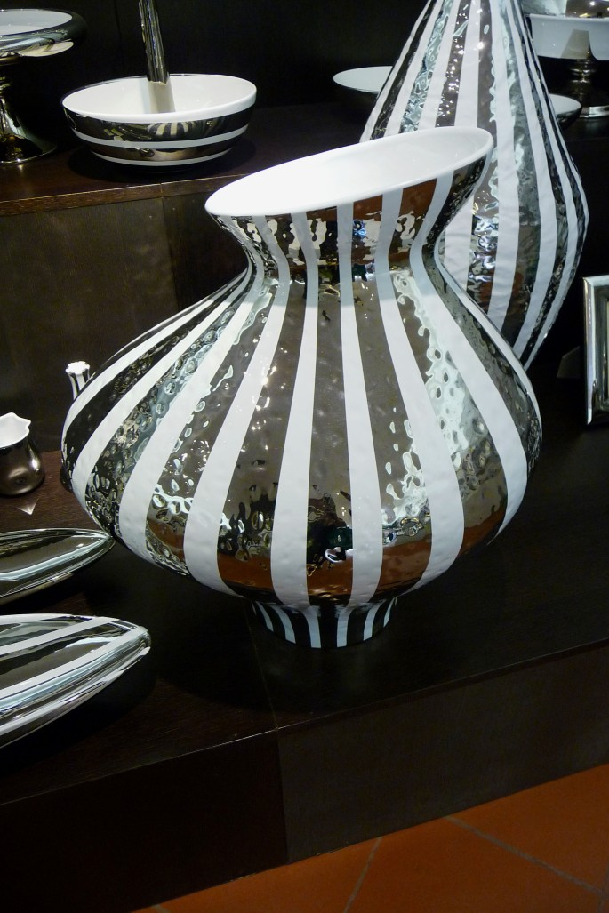 This 'silver' decoration is pure platinum