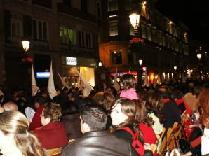 Spectators crowd the Streets