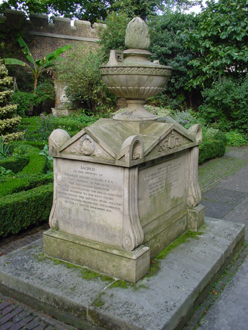 Capt Bligh tomb J