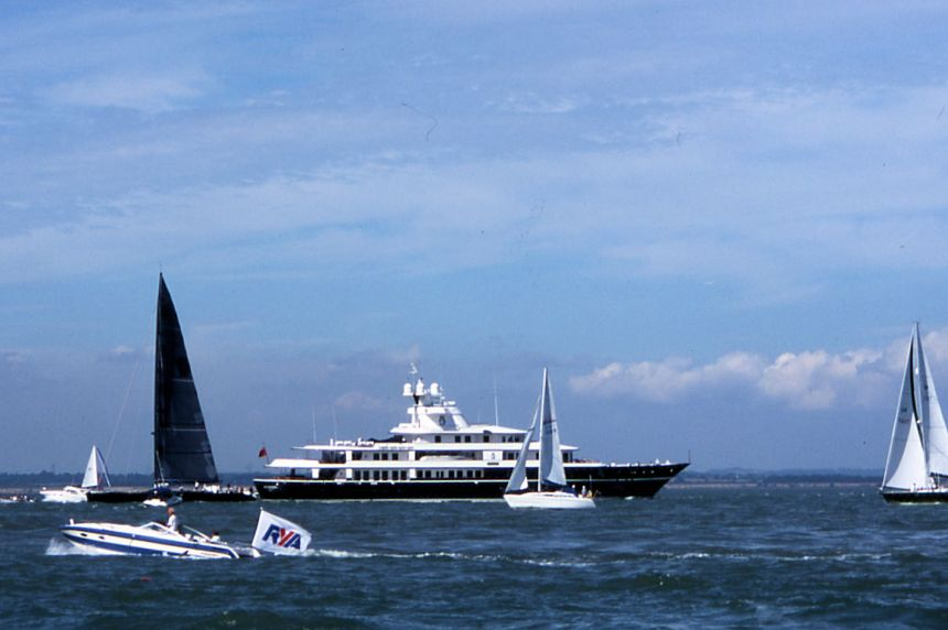 Cowes14
