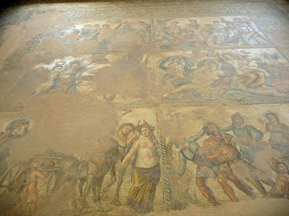 MOSAICS IN HOUSE OF THESEUS