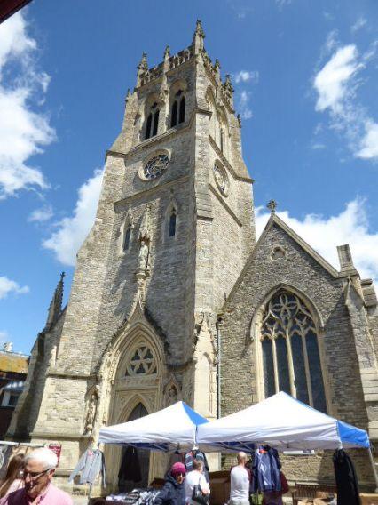 The Minster (market day) ©VisitIsleofWight.com