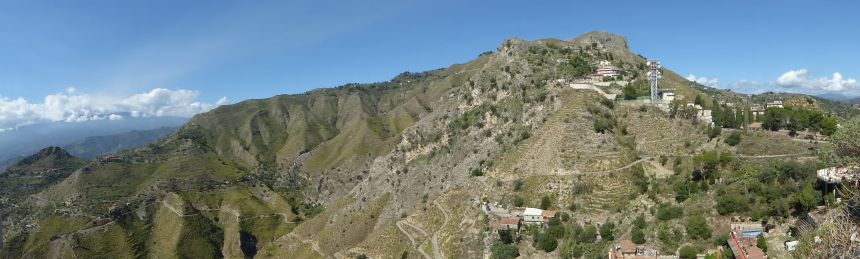 Castelmoro from below