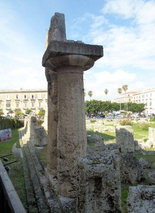 temple of apollo, syracuse